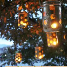 Mason Jar Crafts: DIY Polka-Dot Lanterns