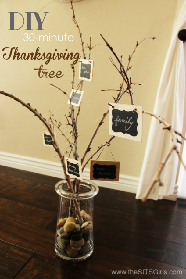 Thanksgiving Tree | This is an easy DIY project that only takes 30 minutes to make - a great way to help your family celebrate Thanksgiving.