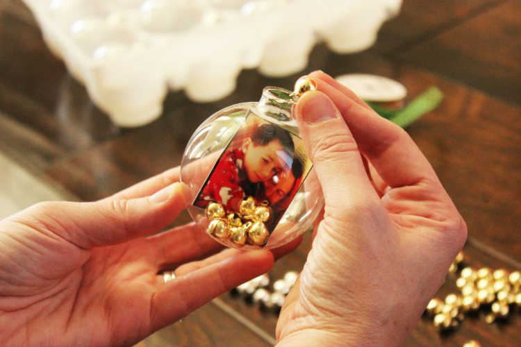 Add sparkles, bells, or other filler to the inside of your ornament to give it weight and make it shine.