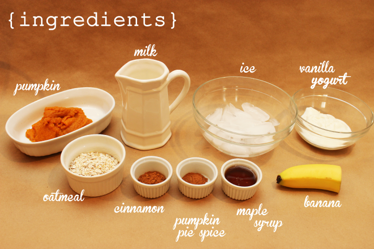Healthy pumpkin pie smoothie ingredients.
