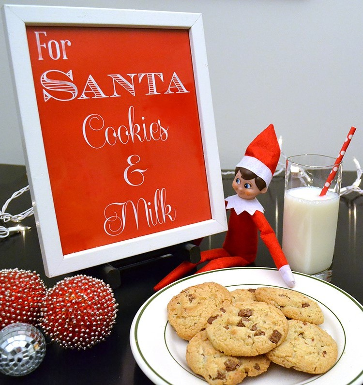Let Santa know exactly where his cookies and milk are with this cute, printable sign.