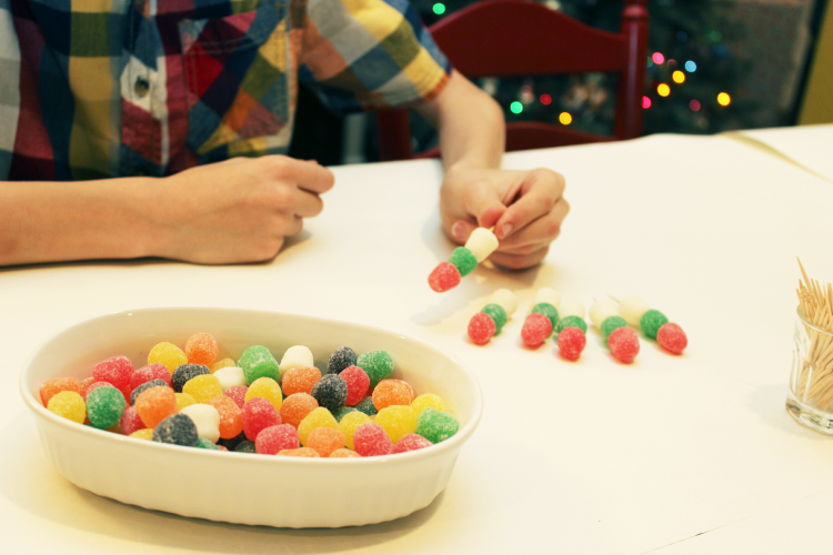 Attach your toothpicks to one large gumdrop.