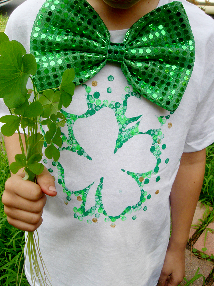 Avoid getting pinched with this easy St. Patrick's Day t-shirt DIY.