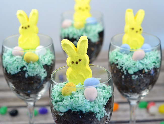"This is the best ""dirt"" recipe! Perfect for making a cute Easter parfait."