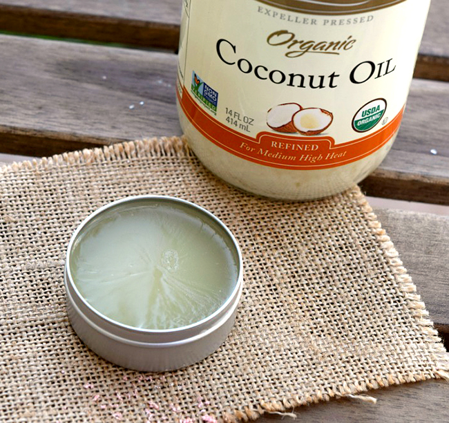 Easy to make homemade sunscreen. This is a DIY beauty project I am excited to try!