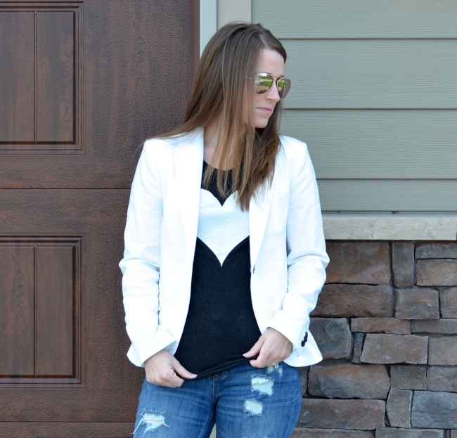My favorite fashion tip: dress up your jeans and t-shirt with a simple white jacket. This is great for your spring wardrobe, but I wear it all year.