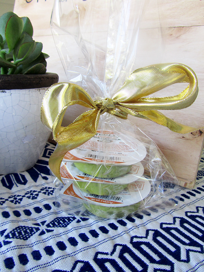 A simple package of wholly guacamole is great for a gift to hand your guests as they leave.