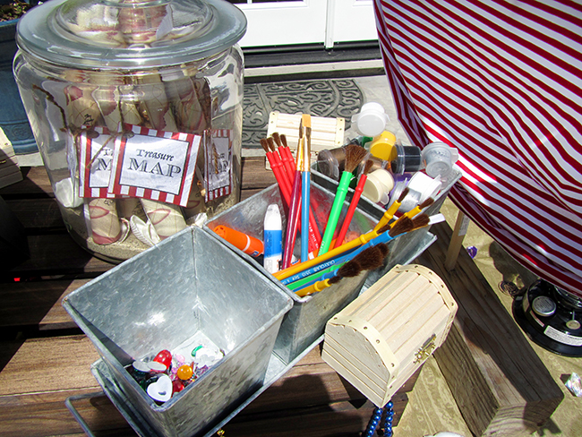 Pirate Party activity ideas: paint your own treasure chest!