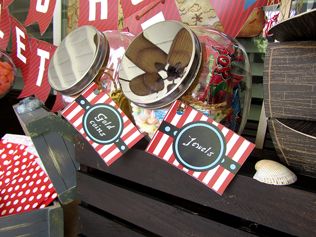 A candy bar is the perfect pirate party idea! Great for filling up small treasure chests as thank you gifts for the guests.