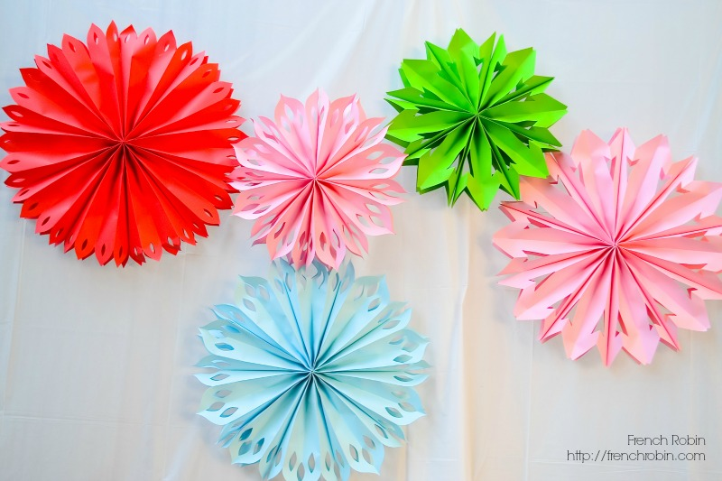 Large paper pinwheels are a great prop for photo backdrops.