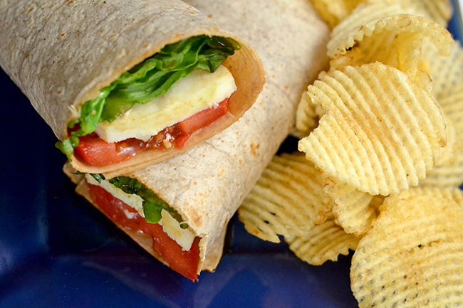 The perfect quick and easy summer recipe - mozza e pom wrap. This is great for people who work at home and need a fast lunch that is healthy and delicious.