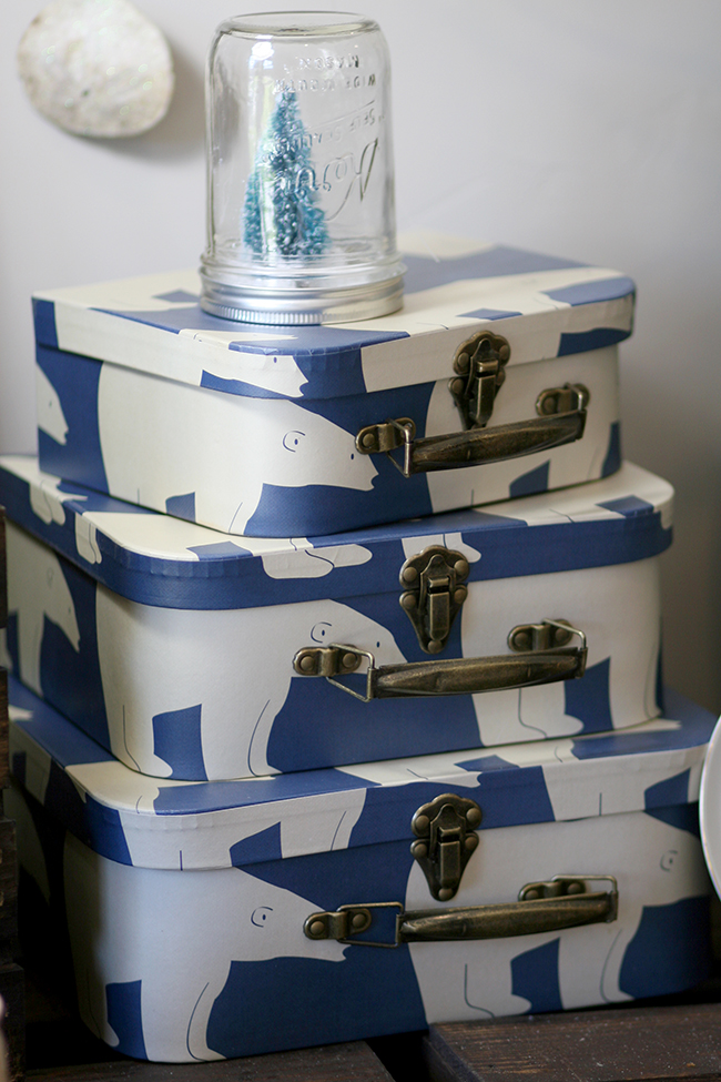 These boxes have a vintage feel. Perfect for a Christmas in July party.