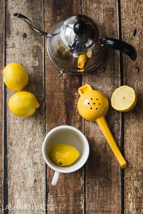 Lemons in tea.