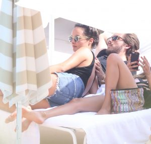scott-disick-chloe-bartoli-vacation-062115-3