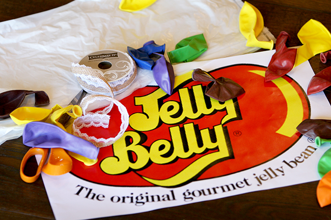 Use everyday items to turn your child in to the cutest Bag of Jelly Belly. This is the perfect cheap and easy homemade DIY Halloween costume!