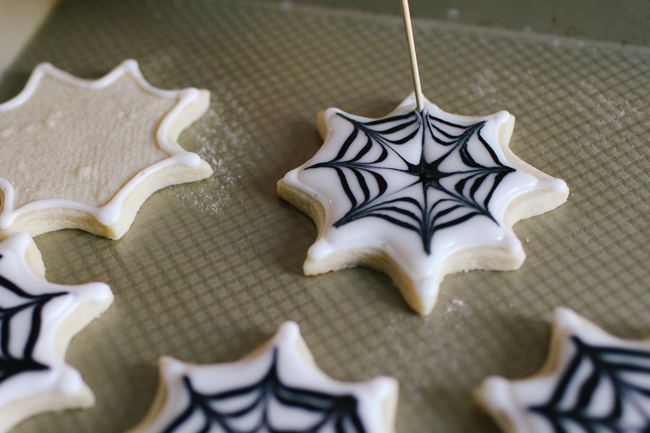 Halloween is not complete without baked treats! Bring these Spiderweb Sugar Cookies to every spooky bash!