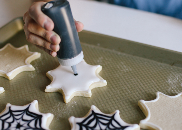 Bring Spiderweb Sugar Cookies to any Halloween bash, and scare the socks off all the goblins and ghouls!