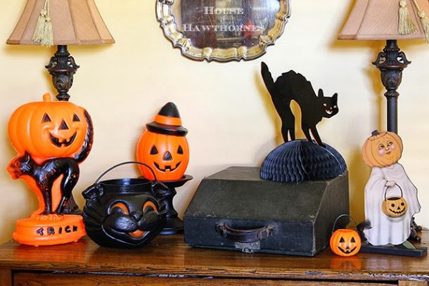 Using vintage items to decorate is the cutest way to make Halloween look Shabby Chic!
