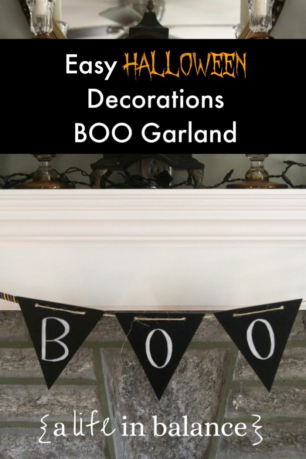 Make this cute garland for Halloween Decorations!
