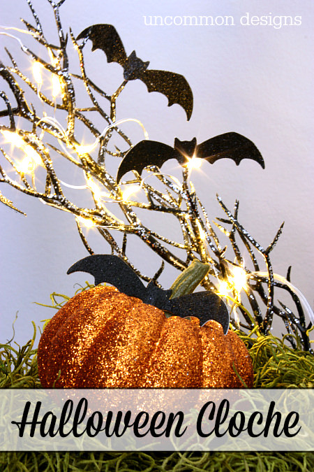 This is the perfect centerpiece for any Halloween party!