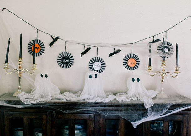 These cute little ghosts are great for mantle or entrance to the house!