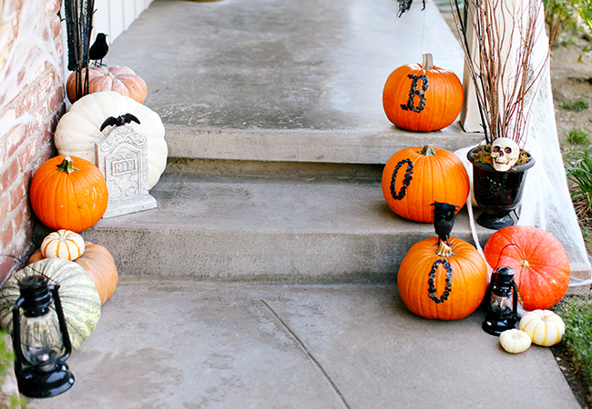 Cinderella pumpkins are a great choice for a grown up look in your Halloween decorations.