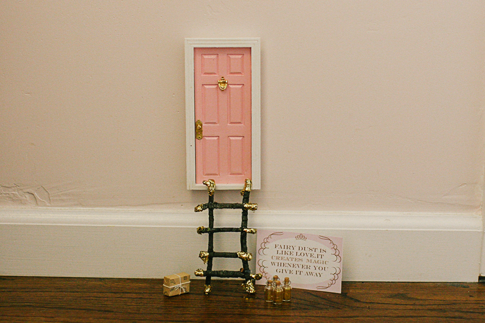 Create a magical world for your little princess with this cute Fairy Door tutorial.