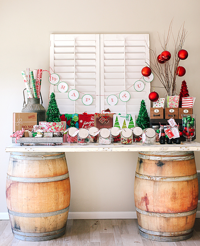 Create a cute workshop to wrap your presents by using old wine barrels!