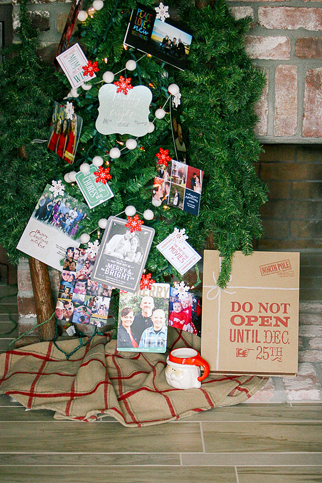Create a Memory Tree with your Christmas Cards!