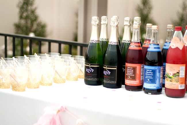 This looks like a delicious mimosa bar!