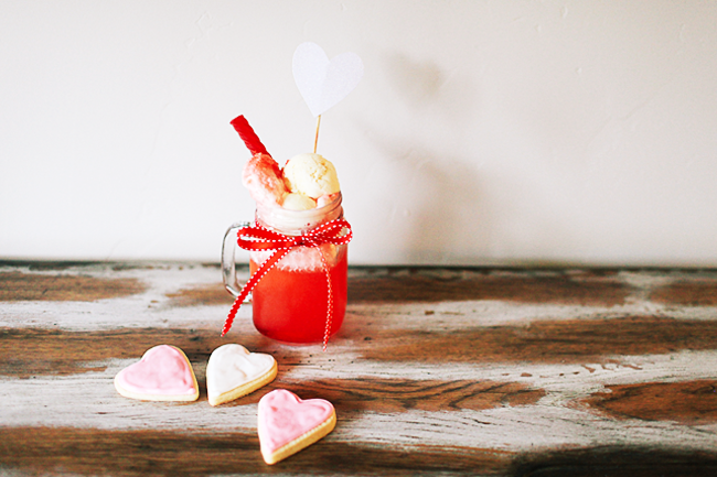 This cute kids drink is such a great way to serve up yummy Valentine's Day treats!