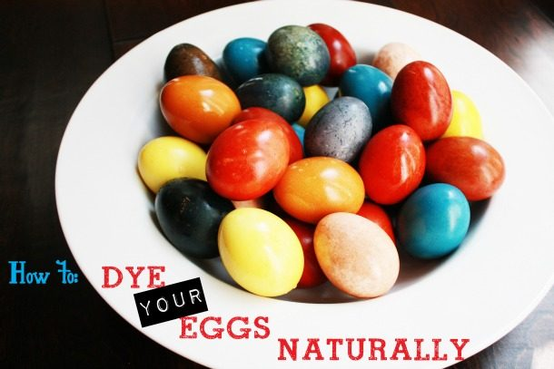 This awesome idea is the best way to dye eggs naturally!