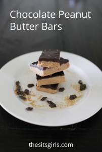 A great recipe if you love Reese's Peanut Butter Cups. These chocolate peanut butter bars are delicious and don't require any baking. | No Bake Dessert Recipe