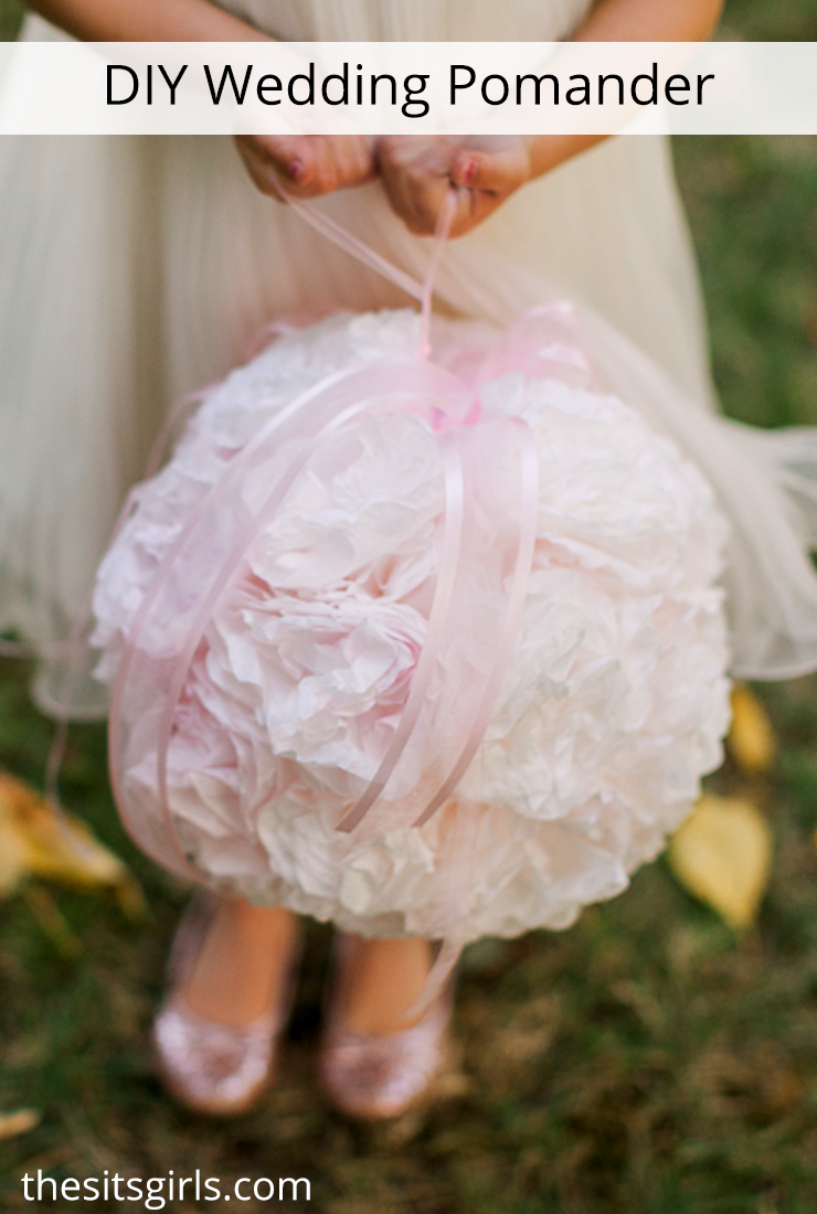 Beautiful pomander balls for flower girls or bridesmaids to carry. DIY Wedding Decor