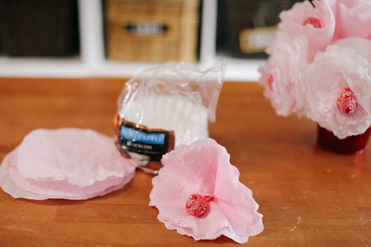 Use coffee filters to make this cute DIY!
