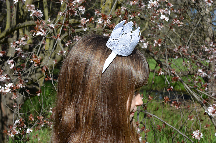Use a hairband to make your own crown!