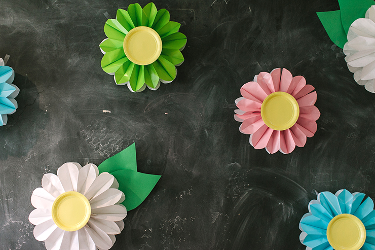 Bags and plates create these beautiful flowers!