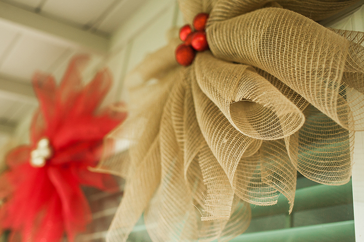 These mesh flowers are the perfect decor for any porch!