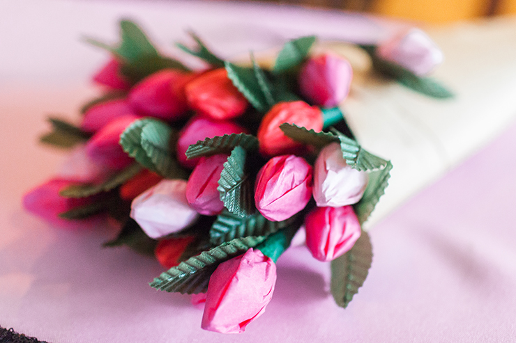 Hershey Kiss Flowers are the best way to celebrate Valentine's Day!