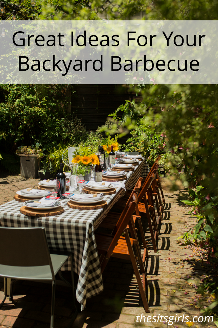 Great ideas for hosting a backyard barbecue! #BBQ #SummerBBQ #SummerEntertaining #Tablescape #SummerRecipes