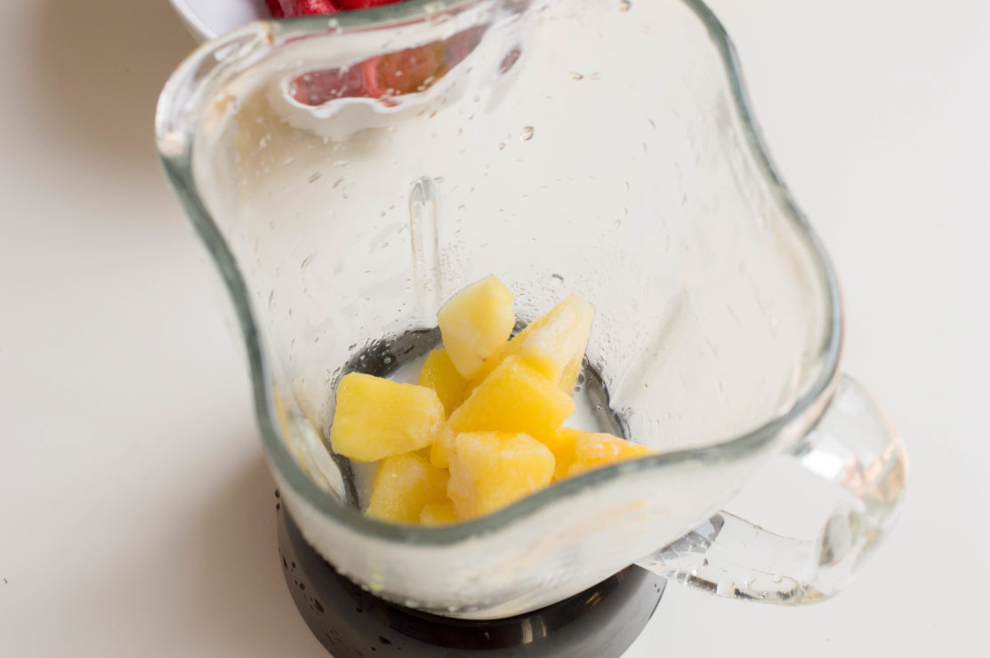 pineapple chunks in blender