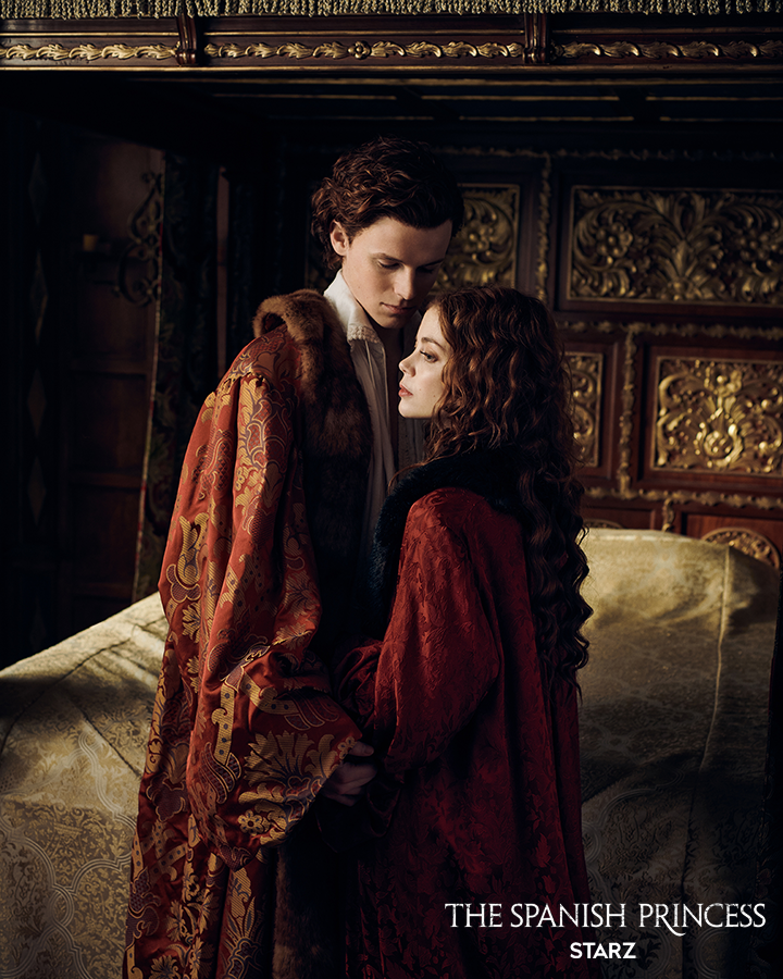 The Spanish Princess - Henry and Catherine in the bedroom