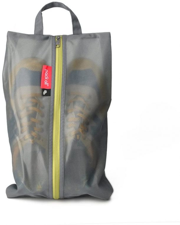 Water resistant travel shoe bag